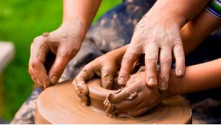 МастерствоМСК приглашает на индивидуальный, групповой, романтический или семейный мастер-класс по гончарному искусству!