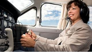 Устал сидеть дома? Виртуальное пилотирование в авиатренажерном центре FMX aero: 30 или 60 минут на выбор!