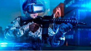 Другая реальность! Игра в шлеме HTC Vive + организация праздника для компании до 8 человек в клубе «Гравити-17»! Скидка 50%!