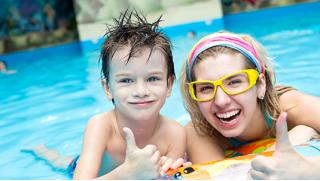 В аквапарке круто! Целый день в аквапарке Аква-Юна серфинг, горки, водопады, гейзеры, бильярд, сауна для взрослых и детей!