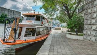 Ланч на воде! Прогулка на теплоходе по Москве-реке с ланчем для взрослых и детей от судоходной компании «Мосфлот»
