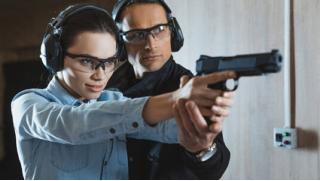Научись меткости! Стрельба из лука, арбалета и пневматического оружия в тире Sniper Gun! Скидка 54%!