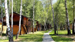 Отдых для двоих или компании до 4 человек в домике на выбор в парк-отеле «Казачья станица»! Отдыхай как казак!
