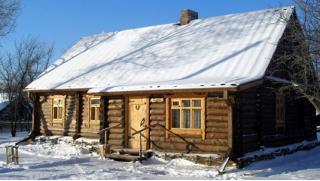 Отдых в лесных угодьях «Сафари Паркъ»! Заезды на 23 Февраля, 8 Марта или Масленицу в Калужской области! Скидка 42%!