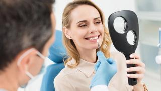 Лечение кариеса, установка имплантата, протезирование, виниры и не только в A-DENT SMILE
